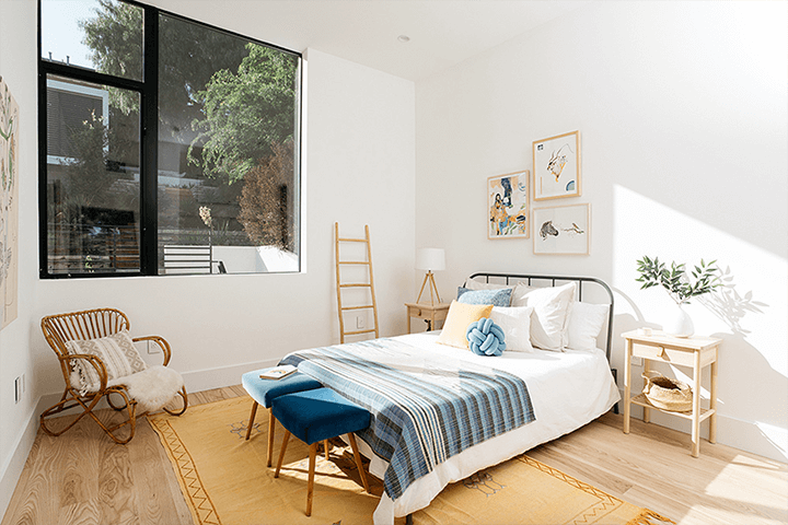 Modern residence with guest house for sale in Echo Park CA