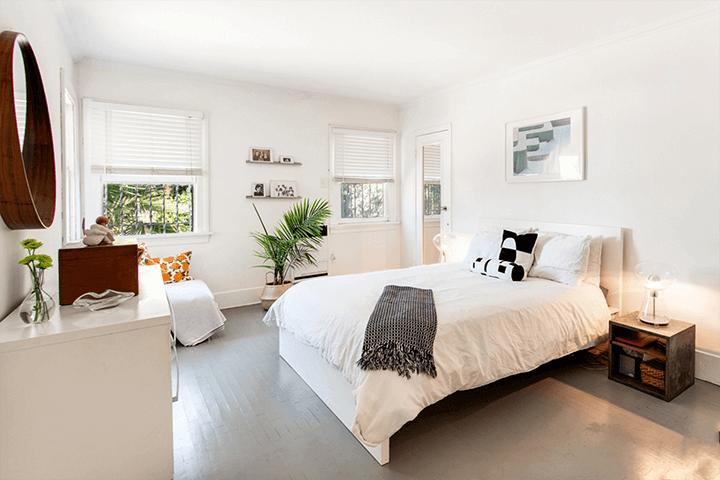 Craftsman home for sale near Leimert Park CA