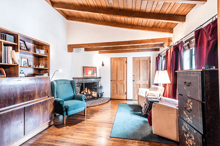 Three Bedroom Townhouse In Hollywood S Cherished El Cabrillo Seeks 1 3m