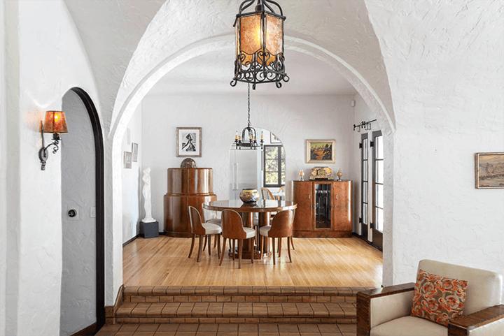 Lloyd Wright's Calori House in Glendale CA