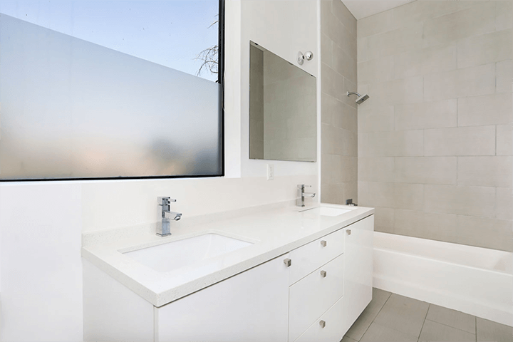 Modern house for sale on Sunset Blvd in Echo Park CA