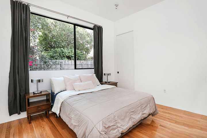 Modern house for sale on Sunset Blvd in Echo Park