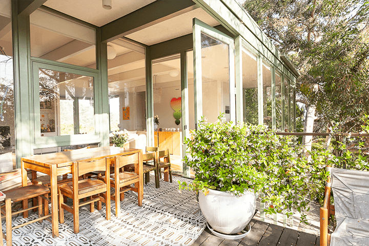 Midcentury home for sale in the Hollywood Hills CA 90068