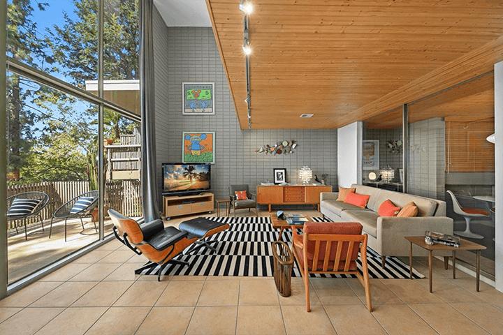 Two-bedroom midcentury condo for sale in Pasadena CA 91107