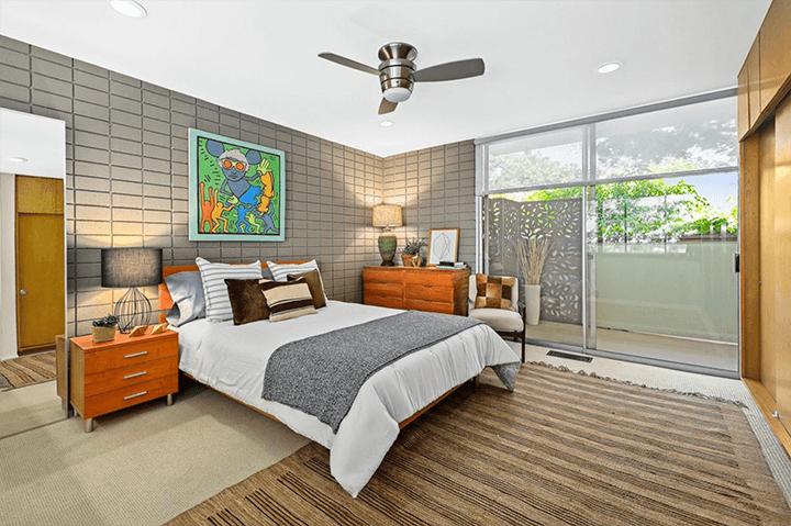 Two-bedroom midcentury condo for sale in Pasadena CA