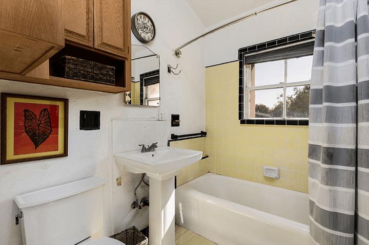 La Casa Torre condo for sale in Pasadena CA 91106