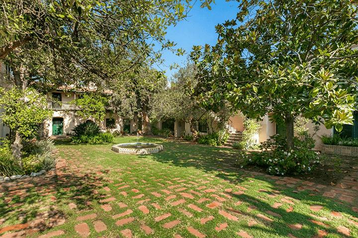 La Casa Torre townhome for sale in Pasadena