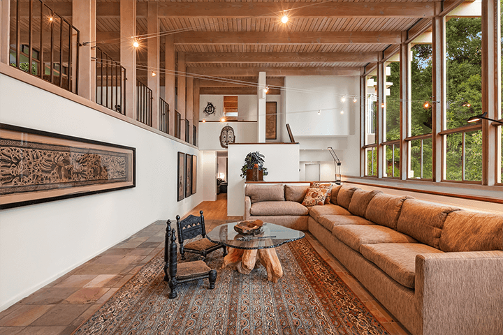 Midcentury modern home for sale in the Hollywood Hills