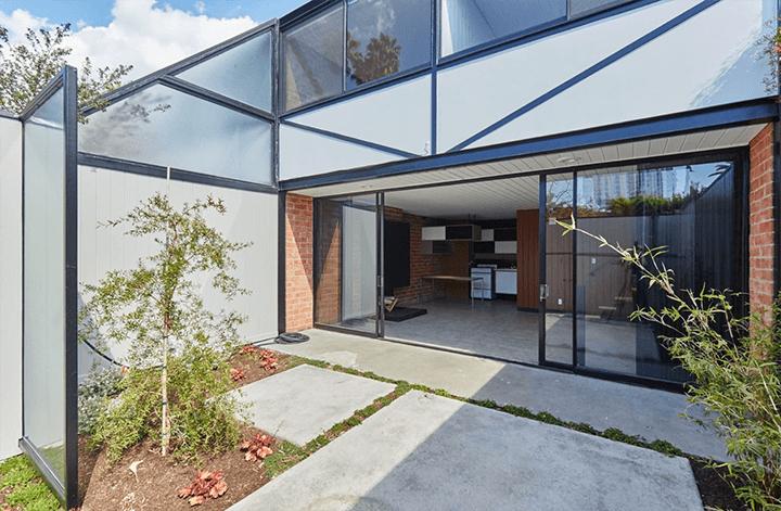 The Courtyard Apartments by Craig Ellwood