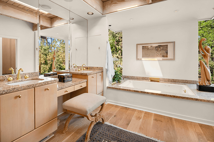 Vernon F. Duckett mid century home for sale in the Hollywood Hills