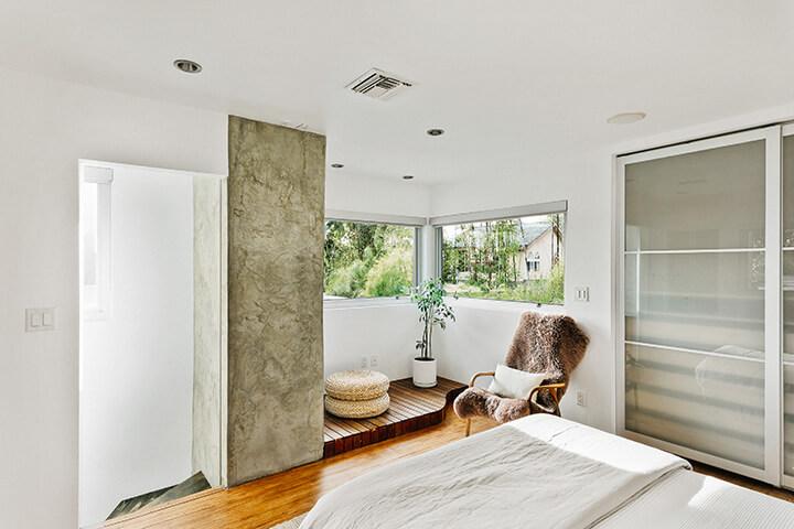 Eagle Rock midcentury modern house for sale