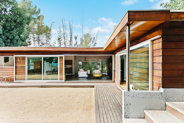 Midcentury house for sale in Eagle Rock CA 90041