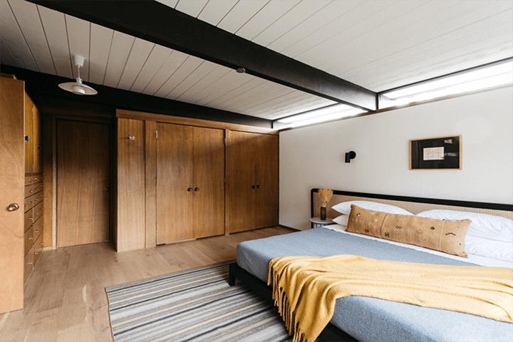 Howard Lane's mid century Schustack Residence