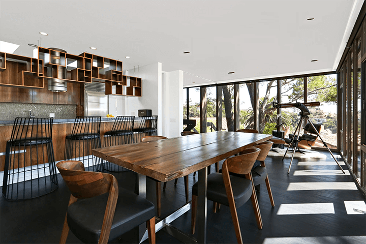 Ed Niles mid century home for sale in Beachwood Canyon