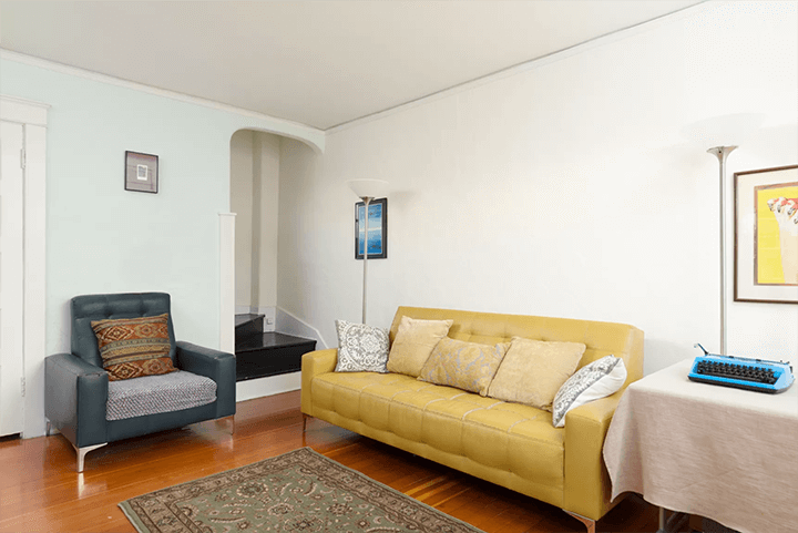 Carriage House for sale Koreatown's Miramonte Terrace