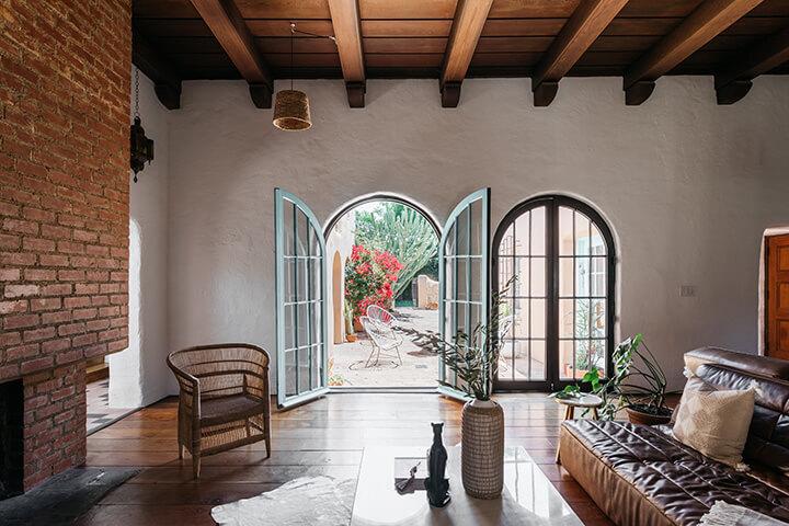 Alice Lynch Residence in West Adams in Los Angeles CA