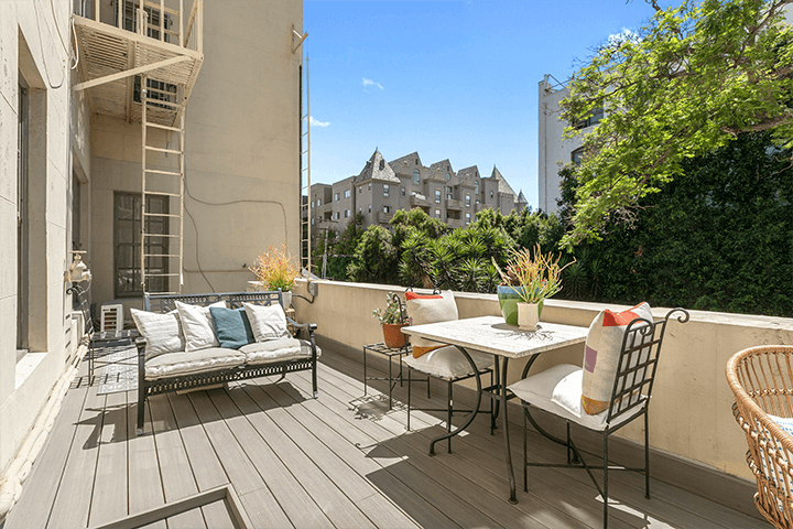 Chateau Chaumont condo in Koreatown 90005